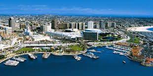 Pianifica il viaggio perfetto a Long Beach estate